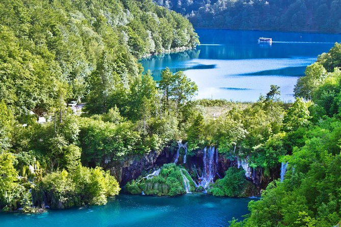 Private Plitvice Lakes tour from Zagreb