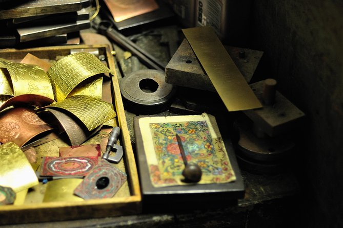 Master Craftsman shops and Michelangelo experience, small group tour