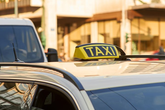 Private transfer from/to Athens Airport to your desired destination.