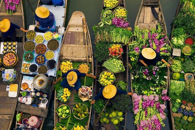 Bangkok: Damnoen Saduak Floating Market with Long-Tail Boat