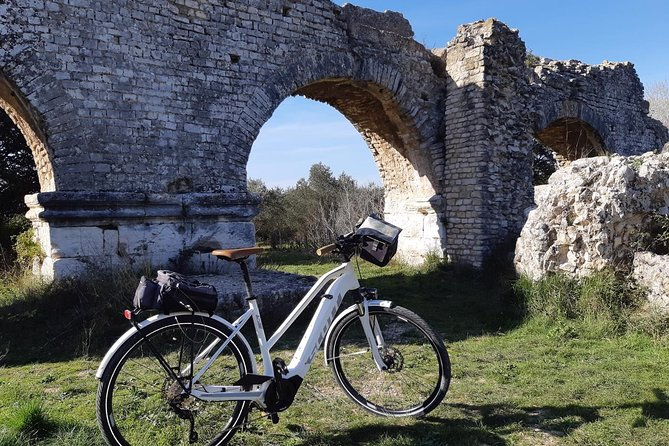 Electric bike ride in the Alpilles