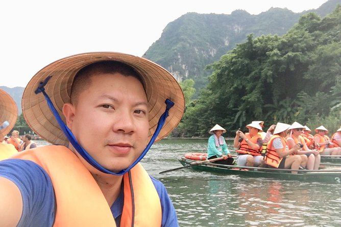 Ninh Binh Luxury Day Tour ( Smaller Group With Limousine Transfer)