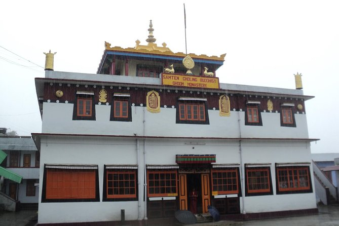 Darjeeling Tea Estate & Gangtok Monasteries Tours