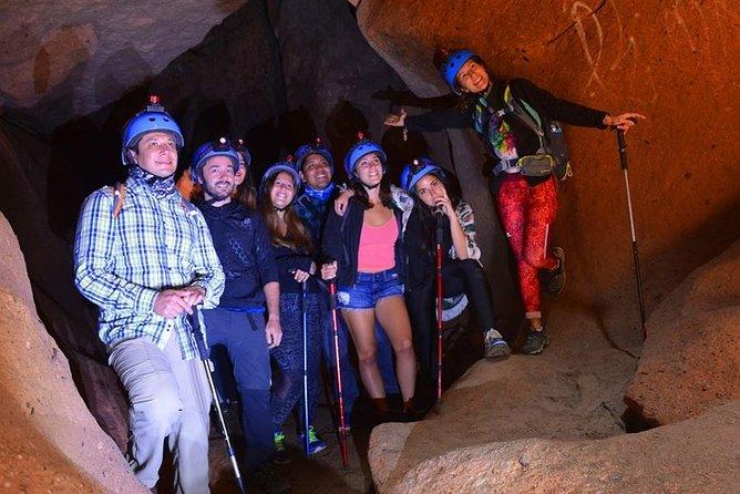 7 Qorihuillca Canyons - Cracks