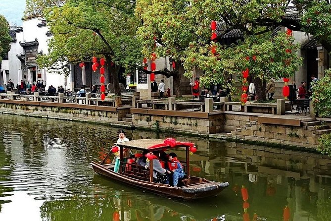 4-Hour Wuxi Private Tour: Huishan Old Town, Jichang Garden and Nanchan Temple
