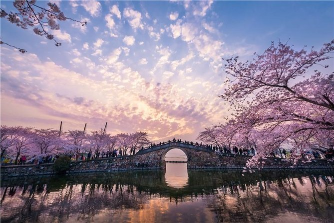 Wuxi Private Flexible Day Tour from Shanghai by Bullet Train