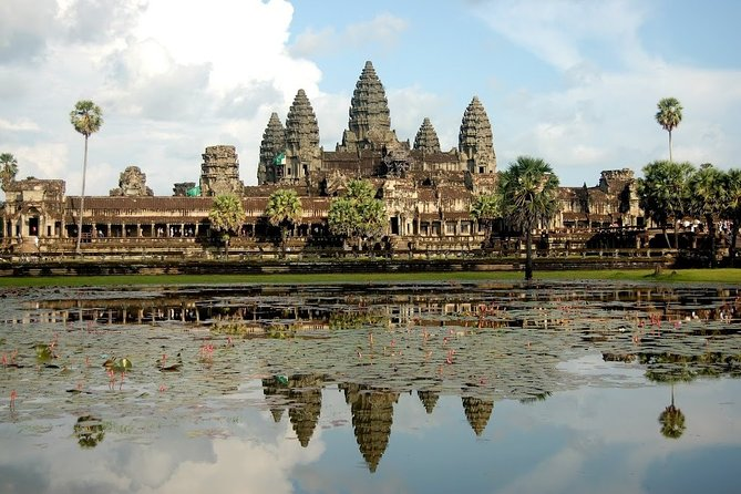 Full Day Angkor Temples Discovery Tour (1 Day Private Tour)