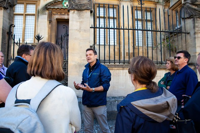 Private Oxford Walking Tour With University Alumni Guide