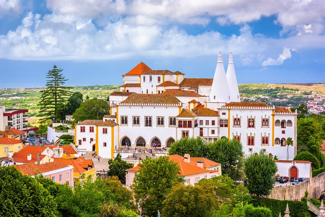 Sintra, Pena Palace and Cascais Half-Day Trip from Lisbon