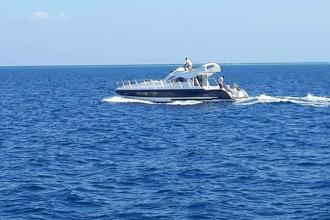 Full day Private Boat to Paradise Island Max 10 pax - Hurghada