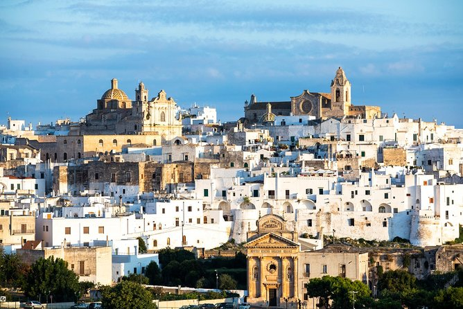 Wonderful walking tour of Ostuni, the white town