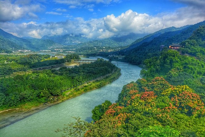 Private Mount Qingcheng and Dujiangyan Irrigation System Day Trip from Chengdu photo 7