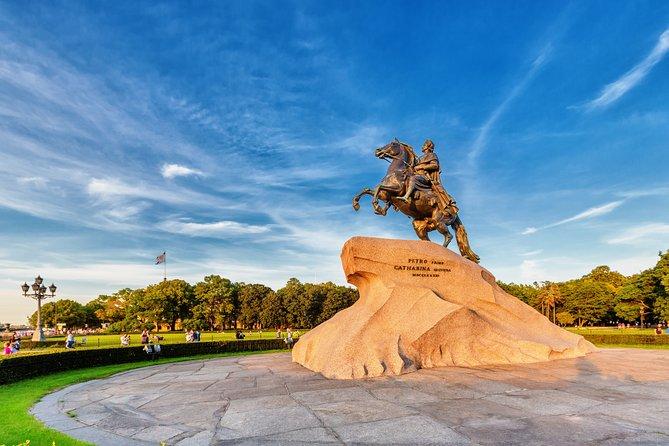 St. Petersburg Private Visa-Free Shore Tour with Peterhof Park