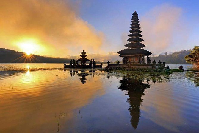 "The Water Temple ""Lake Temple Beratan"" and UNESCO Rice Terrace : Fullday Tour"