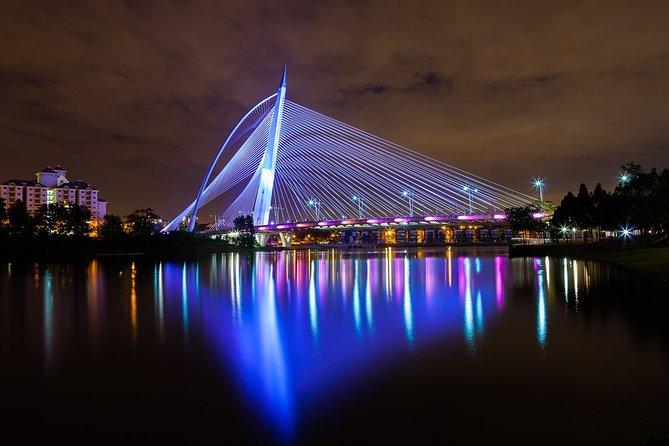 Putrajaya Tour By Night with Putra Lake Cruise