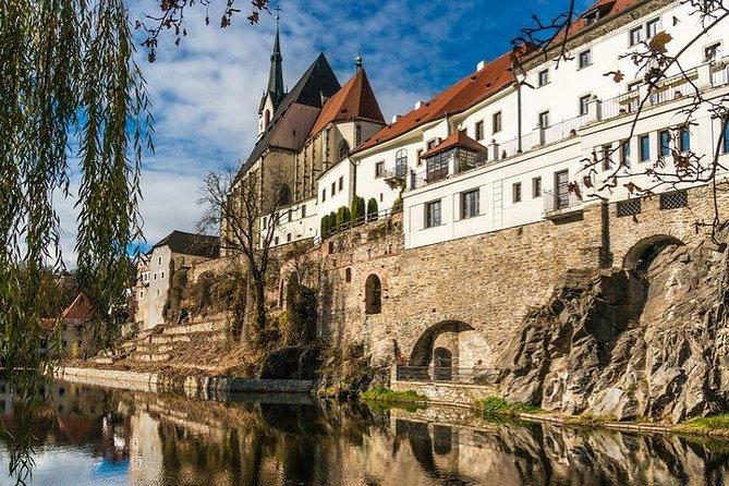 Český Krumlov Tour including Medieval Tavern Lunch LM without pick up