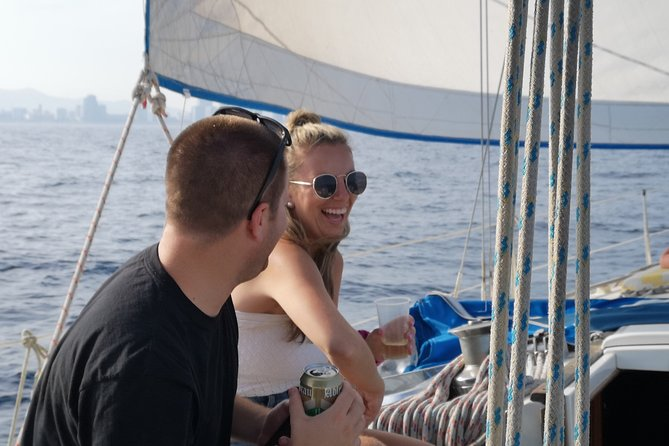 Your best experience sailing and swimming with a local expert, eco sustainable.