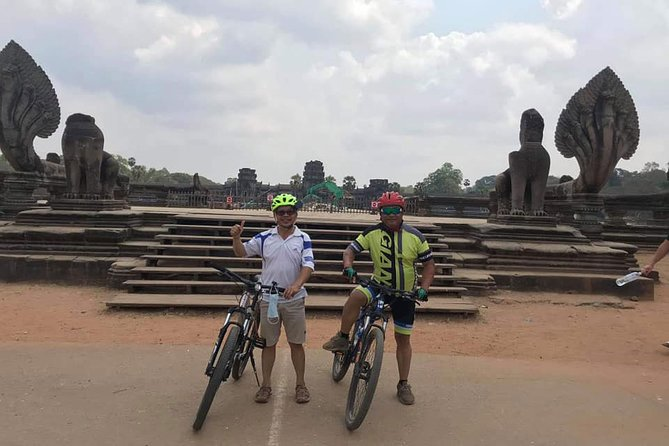 Temples Discovery by Bike Full day Private