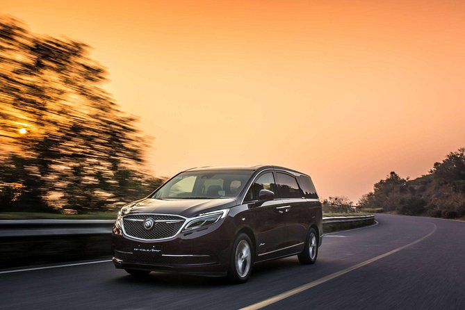 Shanghai Pudong Airport Private Arrival Transfer to Wuxi City Area