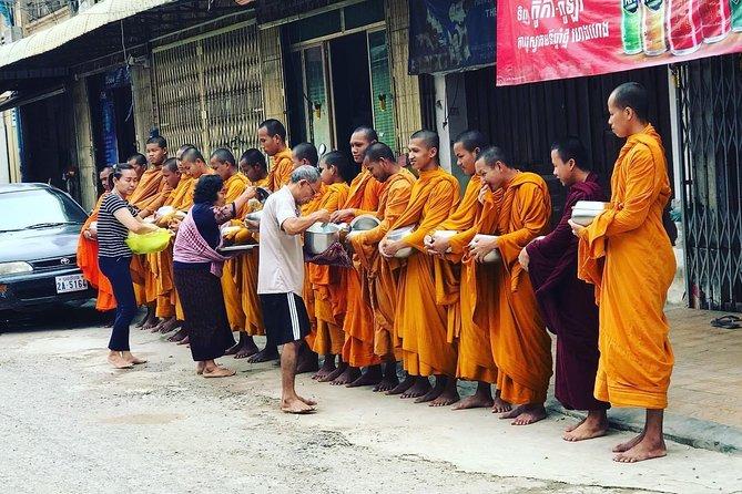 Explore local livelihood in the morning half day with Tuk-Tuk