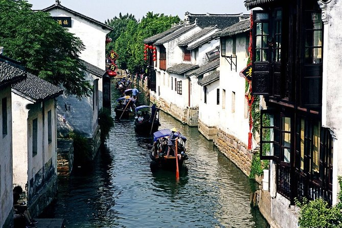 Wuxi Private Transfer to Suzhou with stop-over at Zhouzhuang Water Town