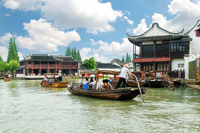 Wuxi Private Transfer to Shanghai with Stop-over at Zhujiajiao Water Town