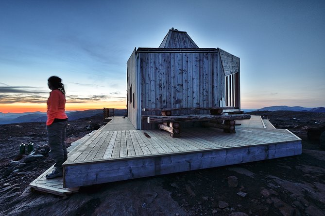 Guided tour to the Rabot cabin