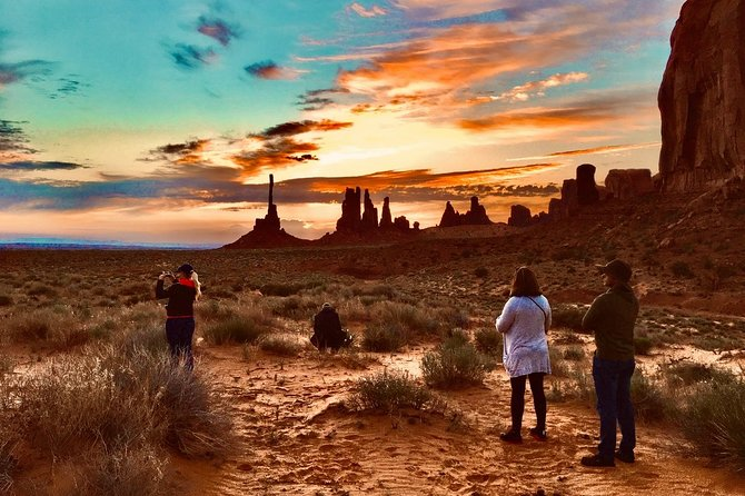 Sunrise Tour of Monument Valley