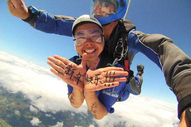 20,000 Feet Tandem Skydive & Gannet Experience
