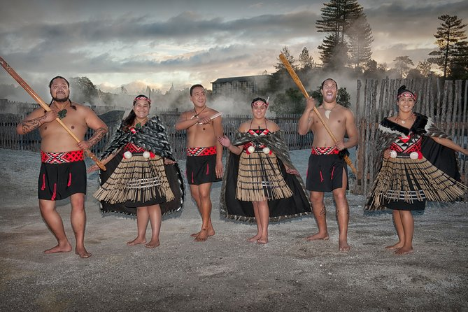 Rotorua Twin Village Experience
