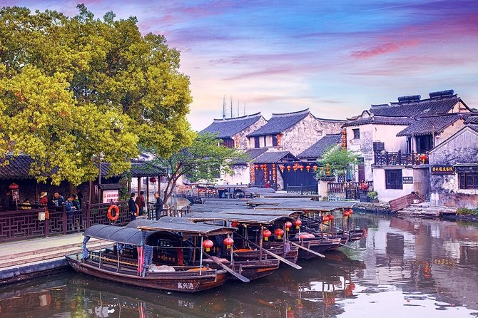 Wuzhen and Xitang Water Town Private Amazing Day Tour from Wuxi