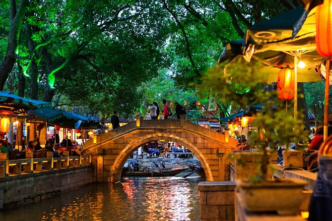 Private Round-Trip Transfer between Tongli Water Town and Suzhou City