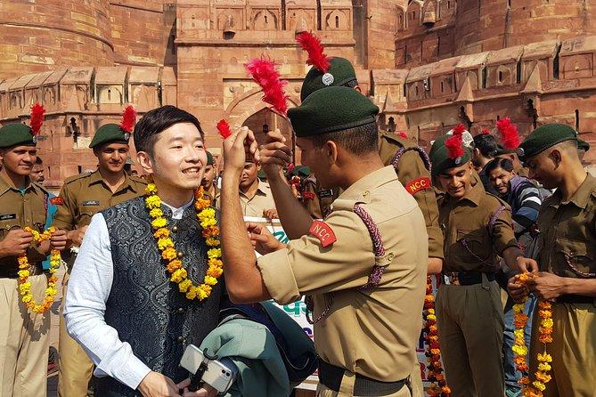 Sunrise Taj Mahal Private Day Trip from Delhi