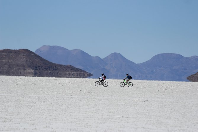 2 Days bicycle tour on the salt flat. photo 2