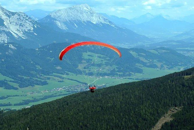 Paragliding in Dharmashala