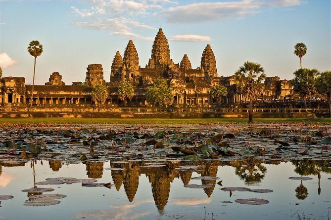 Half Day Private Tour Angkor Wat Temple
