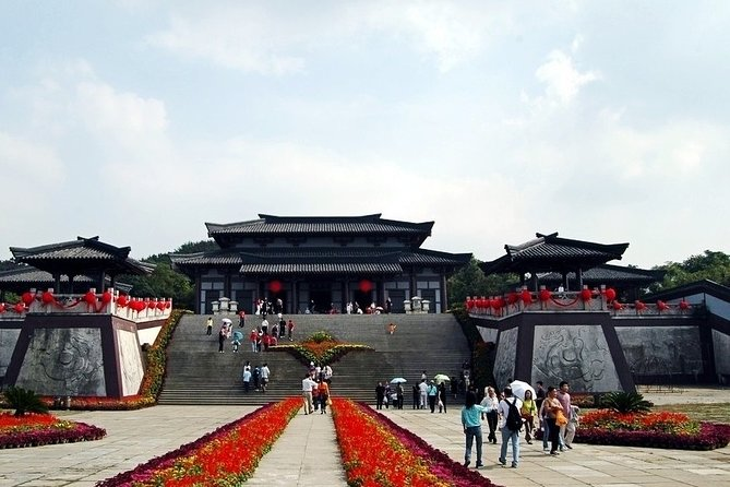 Wuxi Sanguo City Self-Guided Tour with Private Transfer Service