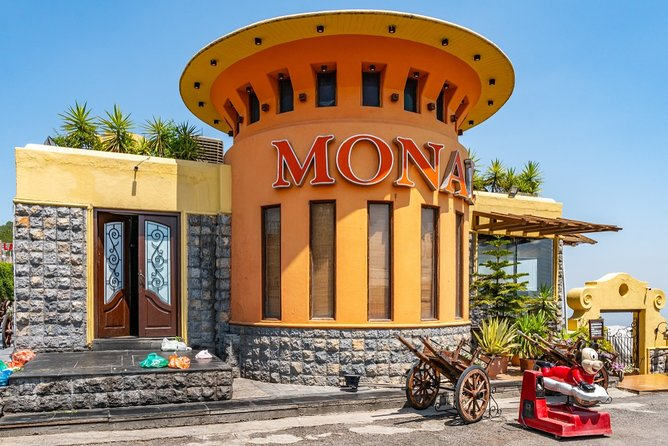 Islamabad Half Day City Tour With Lunch / Dinner Options At Monal Restaurant