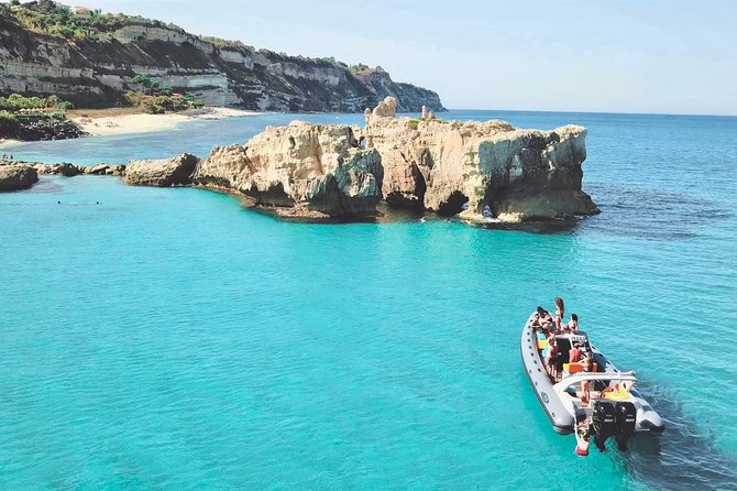 Private boat tour; Top experience from Tropea to Capo Vaticano, boat Covid Free