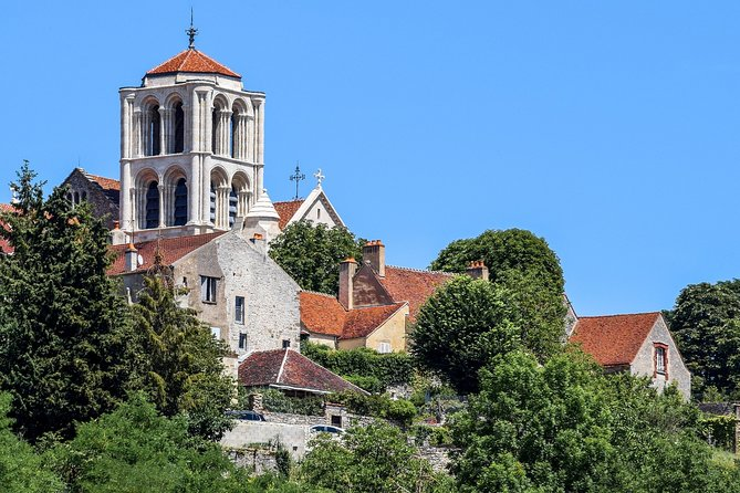 Private tour of Burgundy: Vezelay, Castle of Bazoches, Chablis