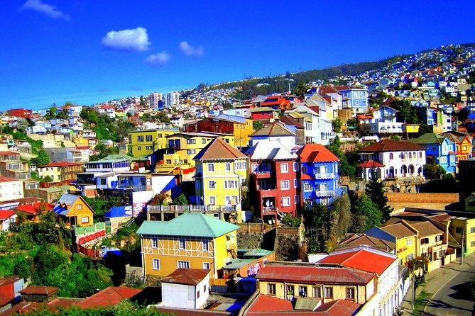 Walking through Valparaiso