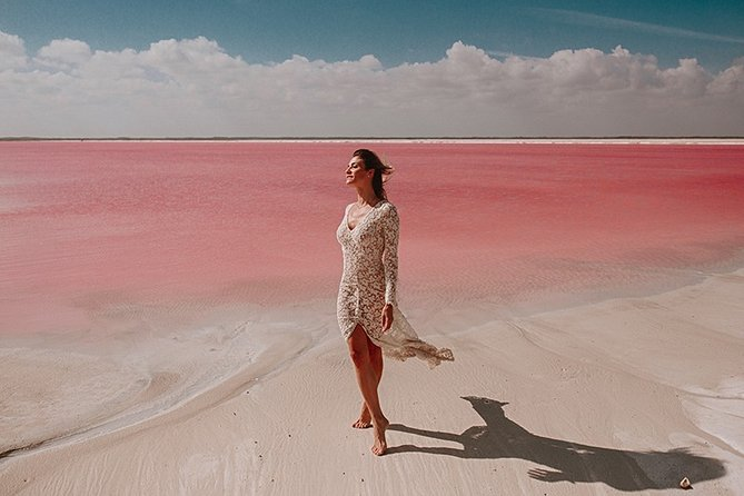 TOUR to the Unbelievable Pink Lake of LAS COLORADAS. With lunch and boat ride.