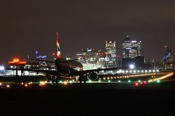 Private transfers between London Gatwick - London City Airports