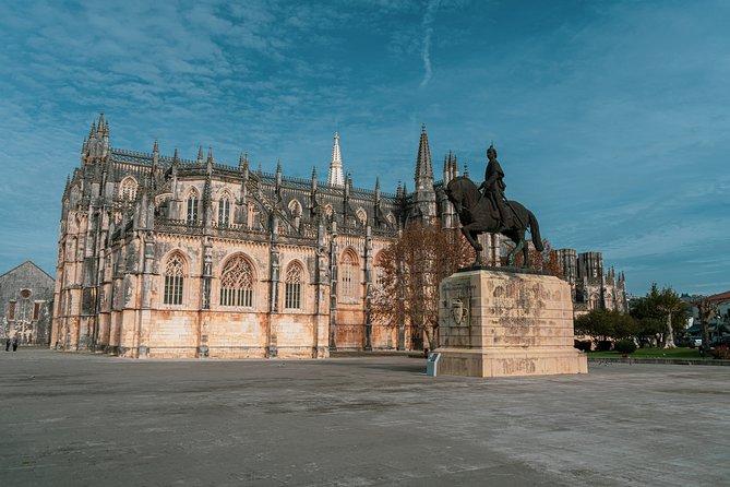 Tour privado do Porto a Lisboa para Aveiro Coimbra Fátima Nazare Óbidos