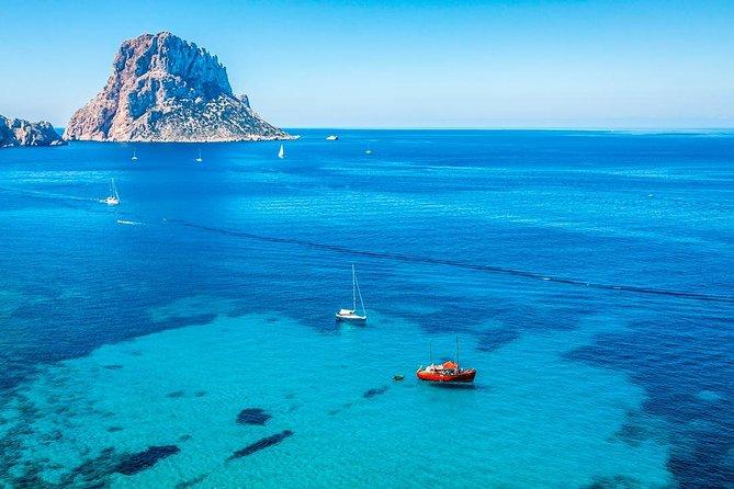 Jet ski tour in Ibiza from San Antonio to Es Vedrà