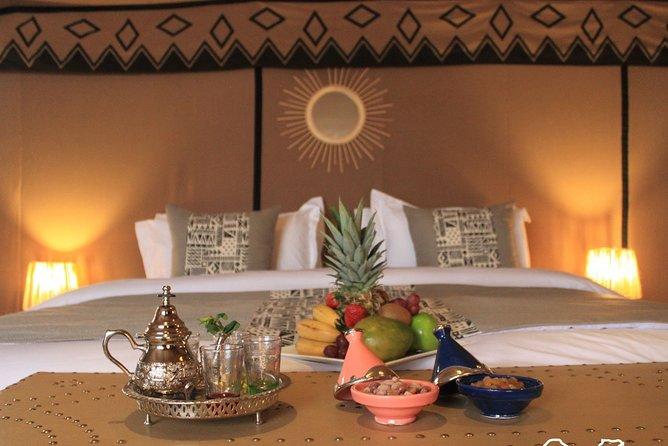 Erg Chebbi: Overnight in Luxury Desert Camp with Camel Ride, Meals&Sandboarding