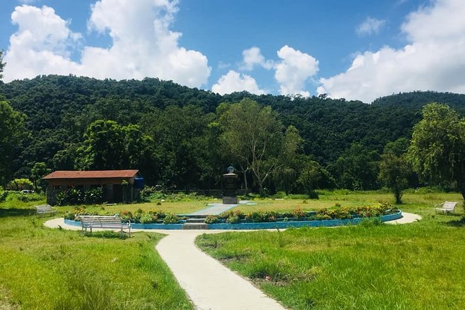 Explore Natural Parks and Beautiful Foot trails in Pokhara