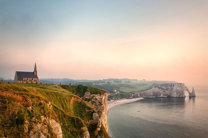 Etretat Tour : Epic Cliffs and Charming Town