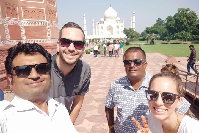 2-Day Agra and Delhi - Private Combo Tour