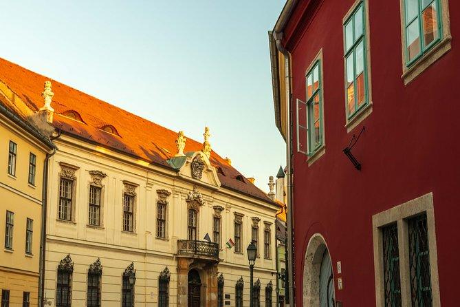 Buda castle walking tour